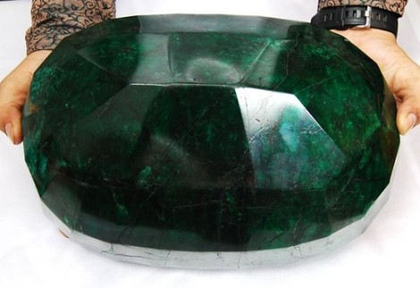 biggest emerald in the world