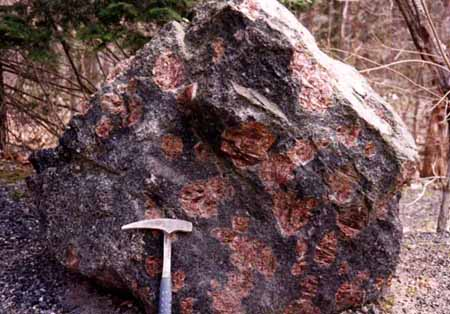 largest garnet ever found